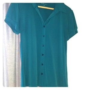 Short sleeve button blouse